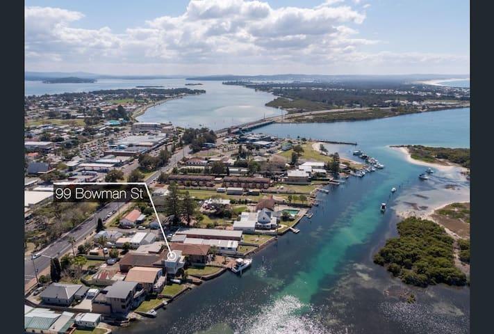 Penthouse Retreat, Ocean & Lake Waterfront Escape