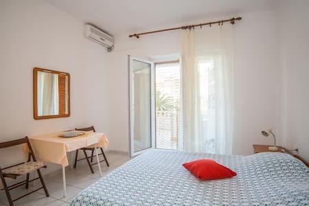 Apartman Ina 1 - Povlja
