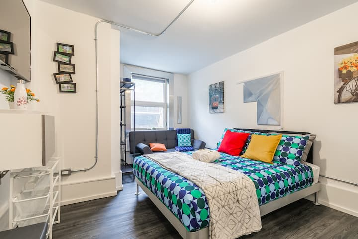 PRIME Downtown - Luxury Studio in the Byward Market!