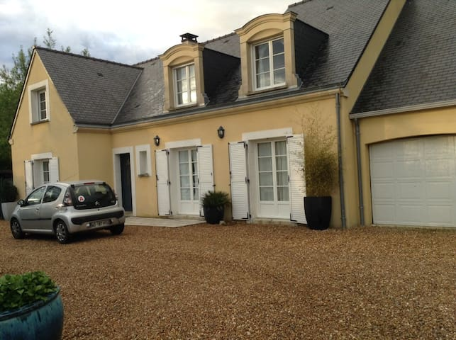 For Rent, Rooms on Le Mans 24 Hours Circuit - Arnage - Casa