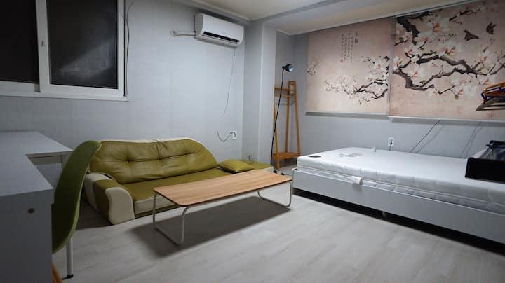 #3 Unique Private room in the center of Sinchon