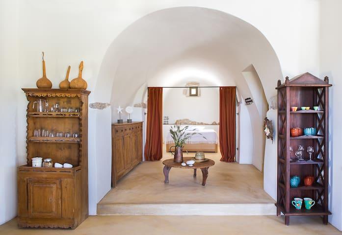 Hasienta House