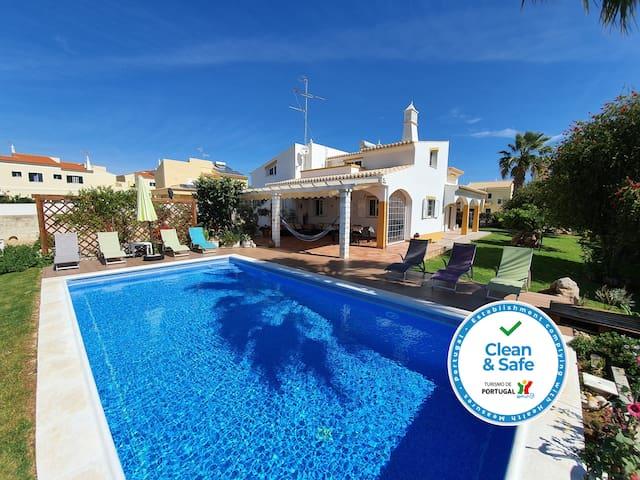Altura Villa Duartes