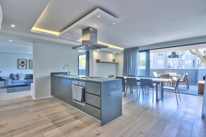 Style and Space with 3BDR NINEONS Pool+Parking