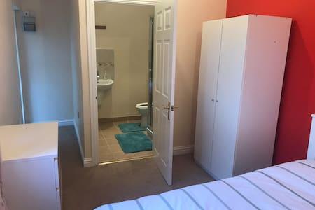 Beautiful en-suite in Chelmsford