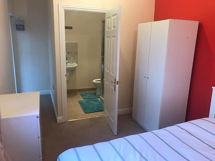 Beautiful en-suite in Chelmsford