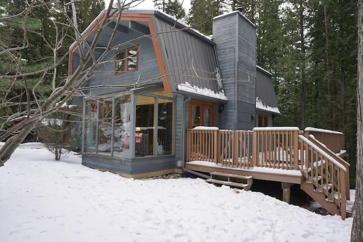 Bear Lodge - Cabin in the woods at Fernie Alpine