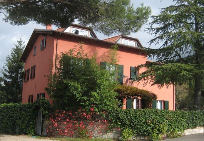 Appartamento Tramontana, campagna - Gualdo Tadino - Apartemen