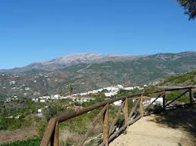 parq.natural sierra tejeda almijara - Canillas de Albaida - ที่พักพร้อมอาหารเช้า