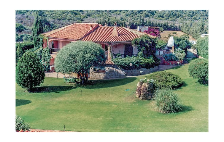 Holiday apartment with 3 bedrooms on 150m² in Baja Sardinia OT