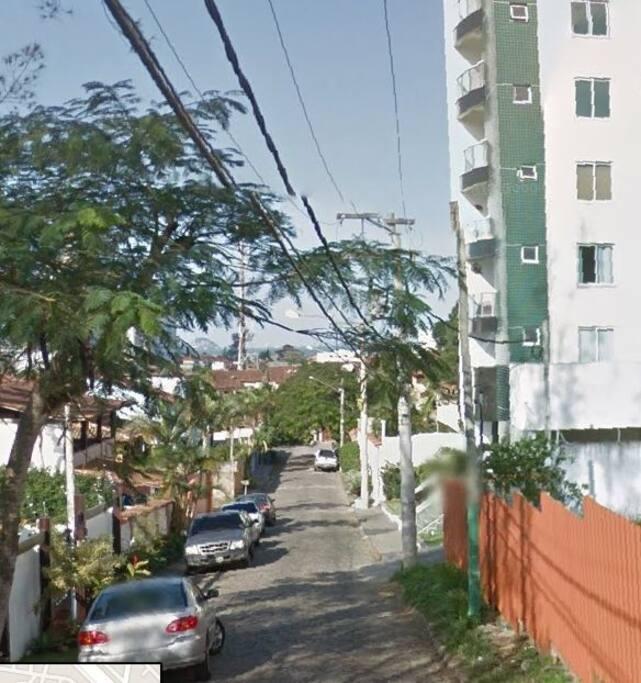 See our FLAT Buiding at right - calm street 700m far from Cavaleiros beach