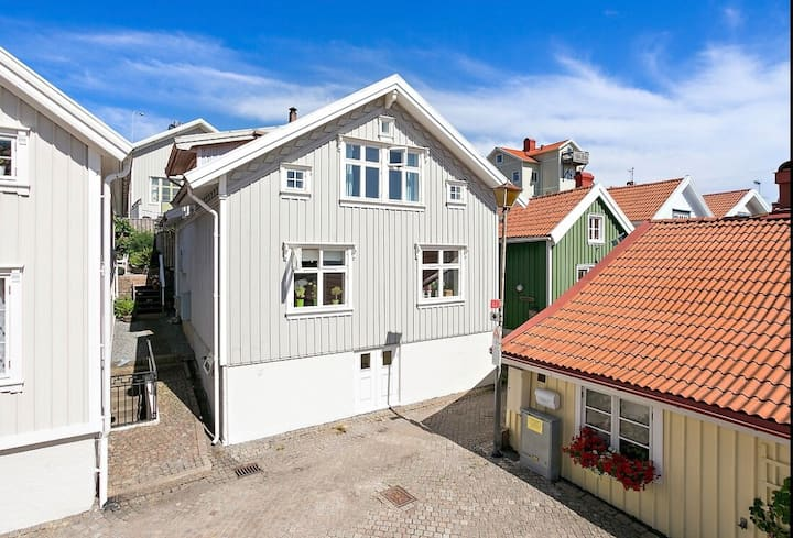 Lovely Captain's House in Gamlestan Lysekil