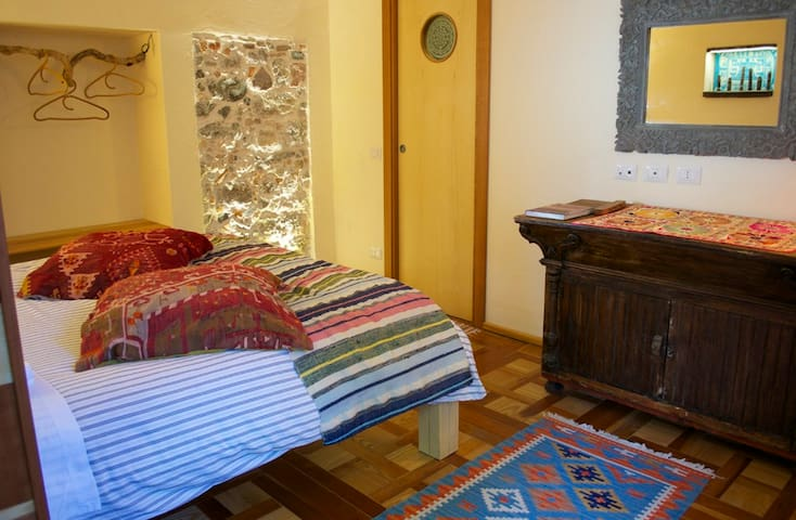 La Laura - Marsicovetere - Bed & Breakfast