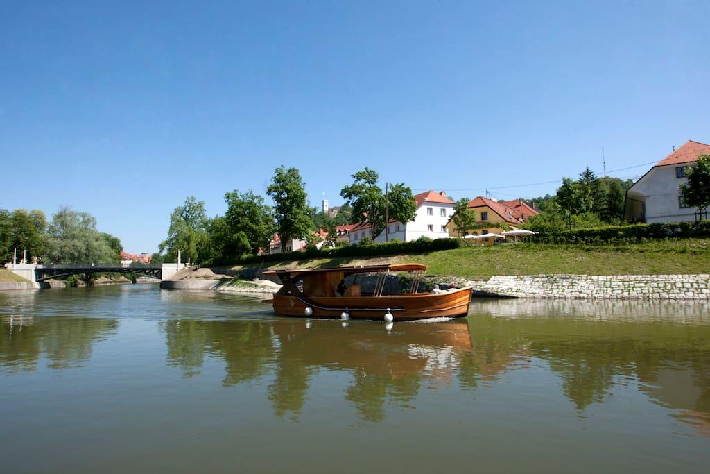 Boat trips on Ljubljanica river