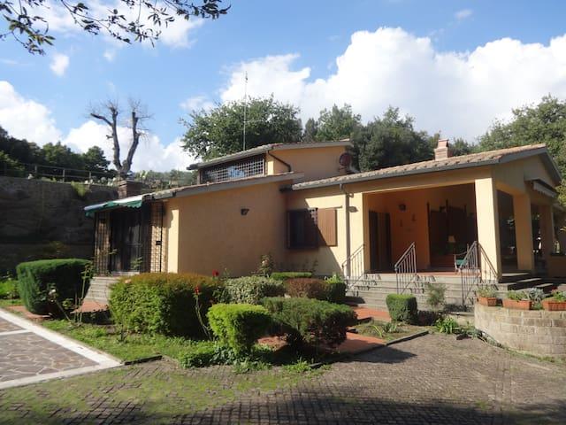 Borgo Alberato - La villa - Pitigliano - Villa