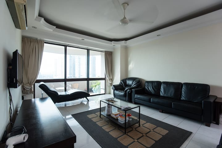 Bukit Bintang Private Room with KL Sunset view - Kuala Lumpur - Apartment