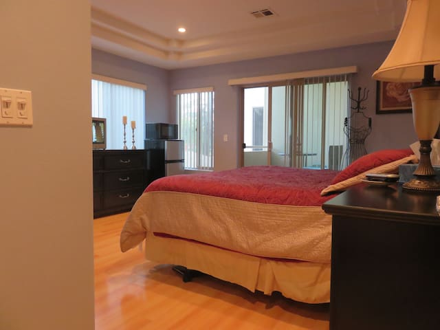 Private, Spacious Room with Balcony
