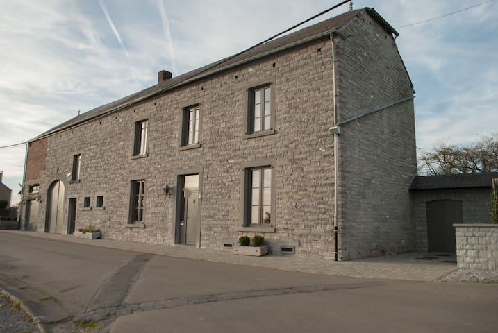 Spacieux gîte rural région Dinant - Dinant - Haus