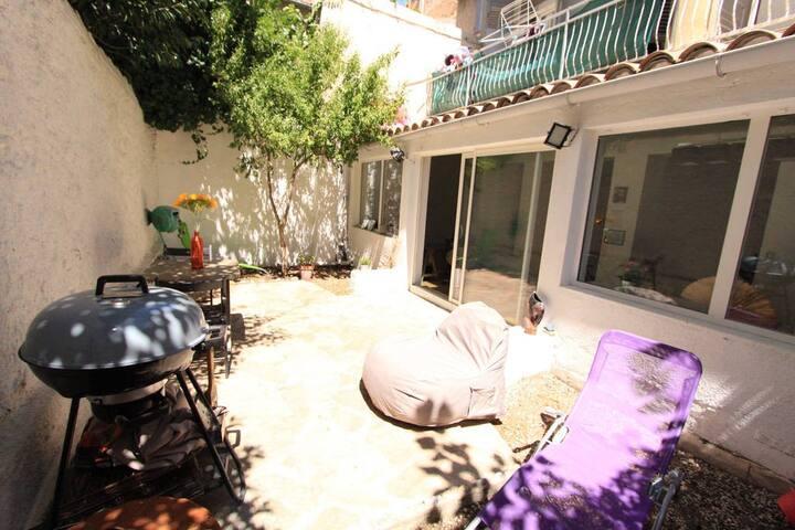 Appartement atypique avec belle terrasse