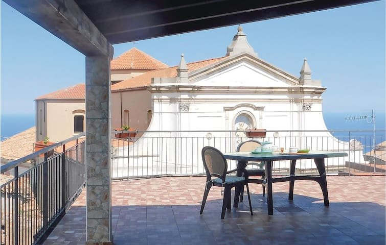 Semi-Detached with 3 bedrooms on 100m² in S.Caterina sullo Ionio