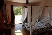 Chambre 1 (lit double/lit simple)