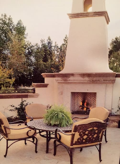The courtyard is all yours. Gas burning fireplace and comfortable seating to enjoy Arizona's great weather.