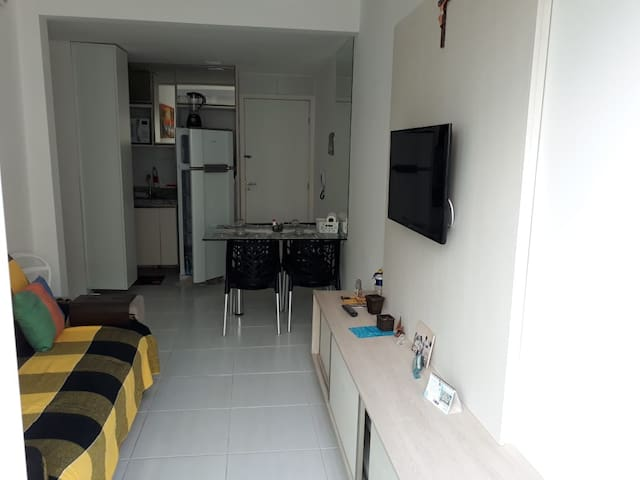 Flat Muro Alto Condomínio Clube