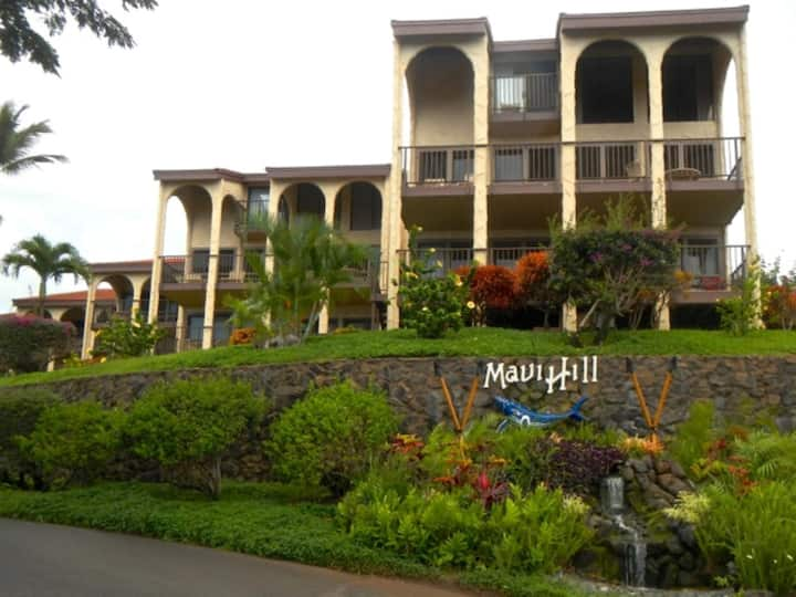 Two Bedroom Luxury Condo, Maui Lea @ Maui Hill (A584)