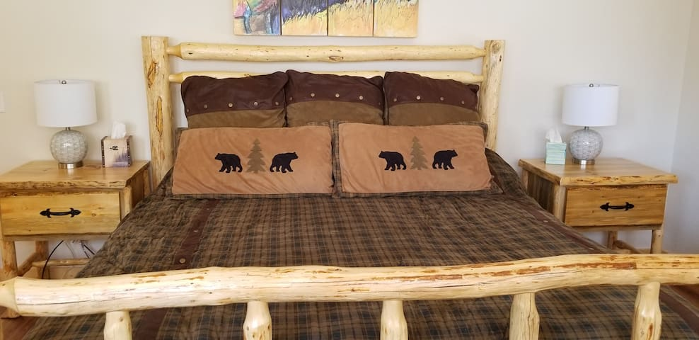 Master Bed w/ King Bed