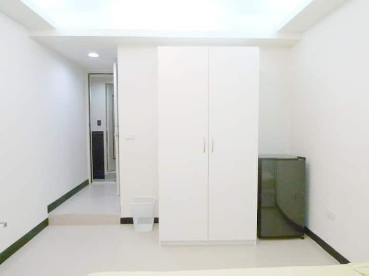 cozy/兩張單床(two single beds)