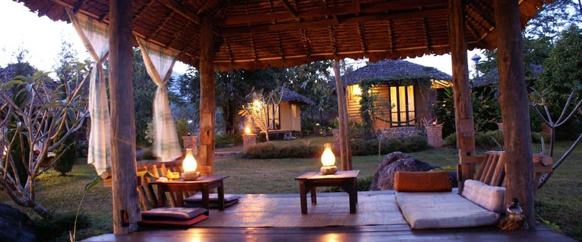 Bannamhoo bungalows, Pai (2) - Tambon Wiang Tai - 小屋