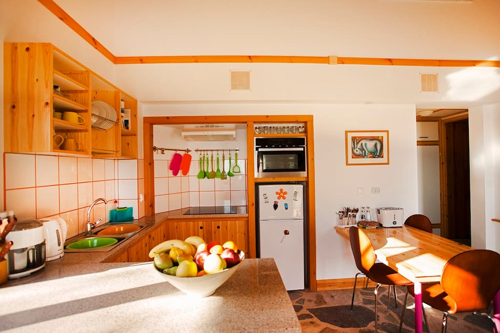 Crisp and colourful kitchen