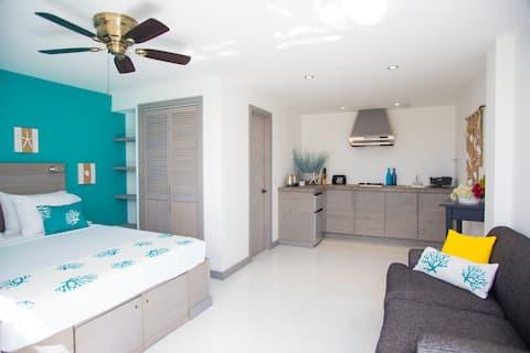 Bellevue Suites - Seahorse Suite