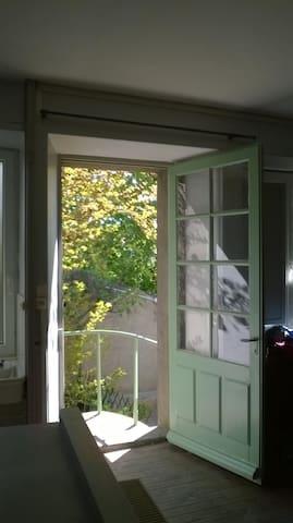 Côté jardin - Le Longeron - Daire