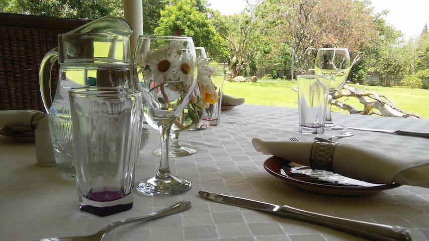 Simple Pleasures Guest Cottage