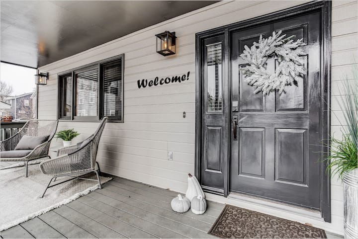 Luxury, Style, Space and Value in North Boulder!