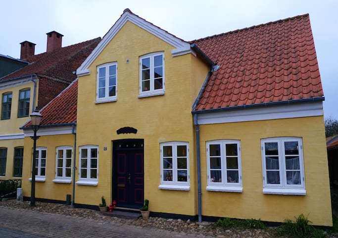 Stay in Ribe, en hyggelig lejlighed - Ribe - Apartment