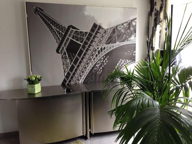 Nieuw luxe appartement gelijkvloers, centr Hasselt - Hasselt - Daire