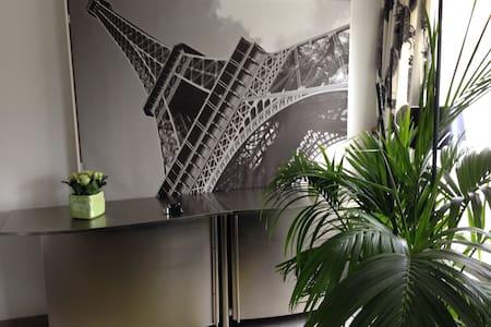 Nieuw luxe appartement gelijkvloers, centr Hasselt - Appartamento