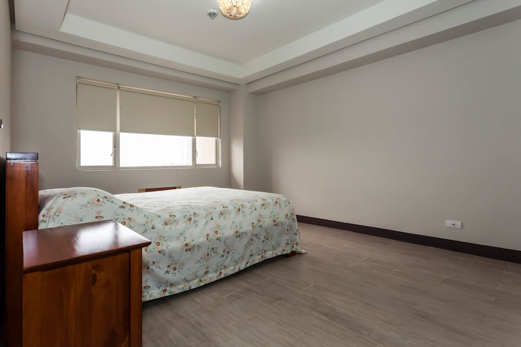 Spacious Master bedroom for two with possibilities for extra bed.
