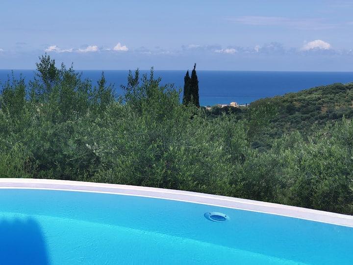 Mastrogiannis private villa Myrtia