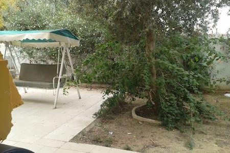 rez de jardin menzah 9 - Tunis