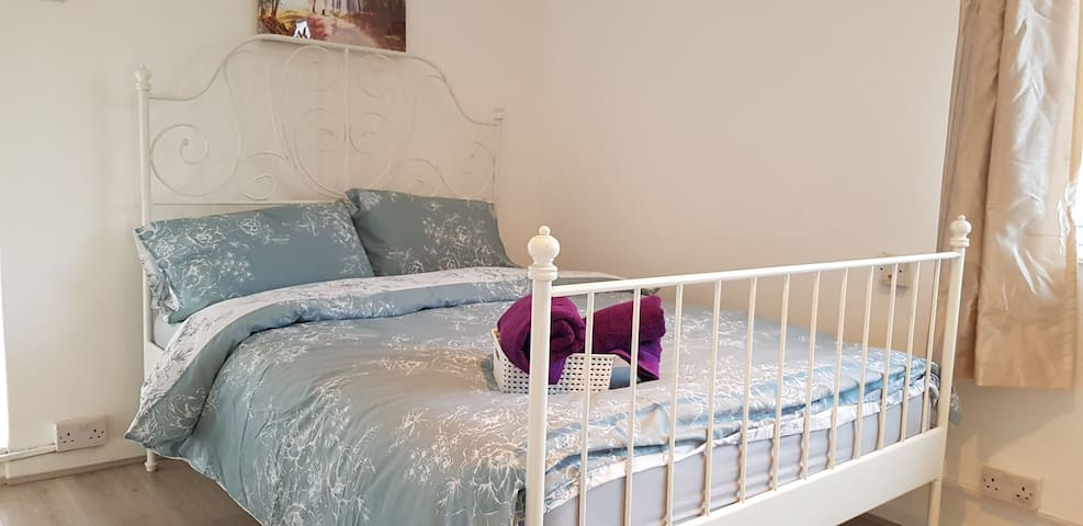 King size room  (A) HOXTON/OLD STREET N1