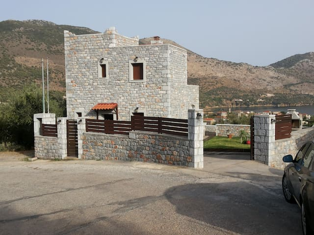 Greece peloponnisos laconia mani - Kotronas greece - House