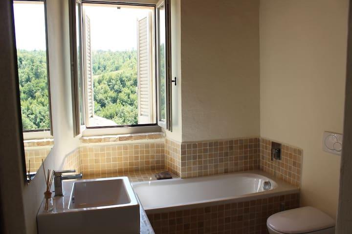 Ubaldo authentic Italian home with pool/tennis - Umbertide - Casa