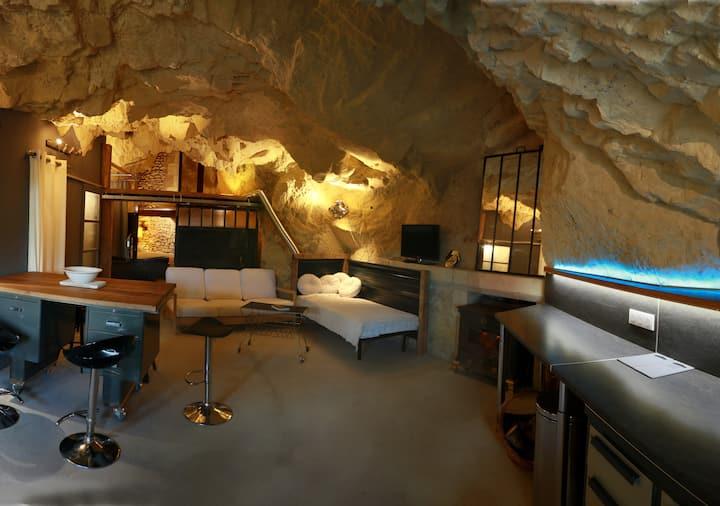 La Grotte du Moulin de la Motte Baudoin