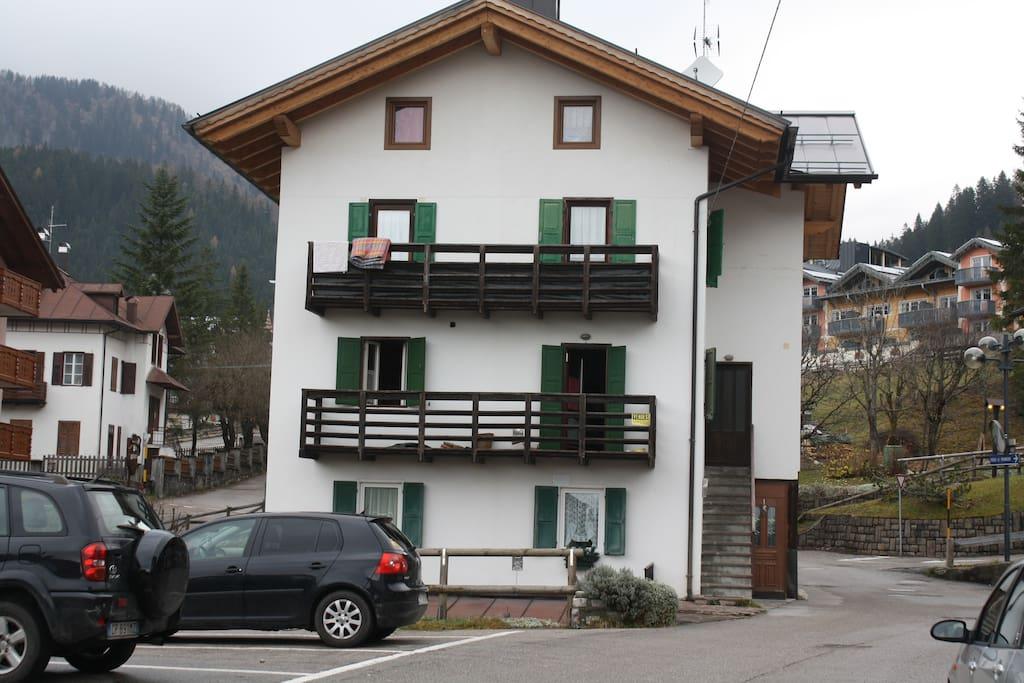 l'appartamento al primo piano e mansarda - apartment at the first floor