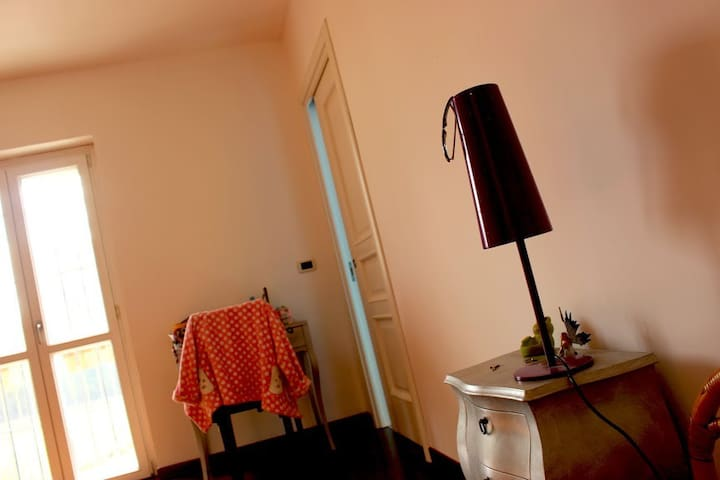 Bed and Breakfast a Chieri - Torino - Chieri - 家庭式旅館