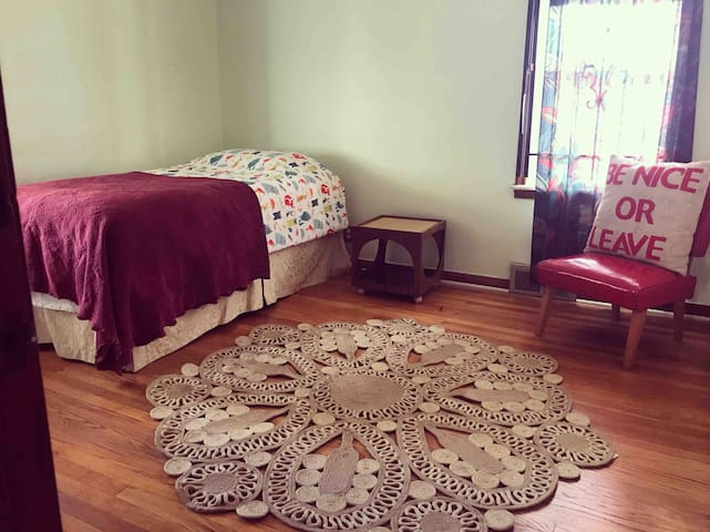 Beautiful & Spacious Home in Unique Hamtramck