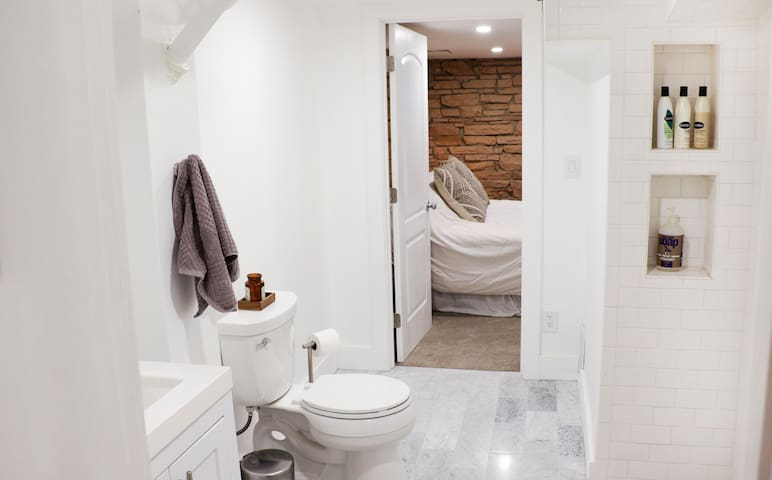 Bathroom looking toward bedroom